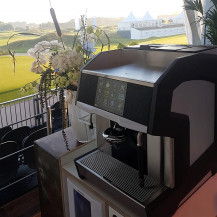 Flexcafé - Cameo espresso machine op meubel - KLM Dutch Open